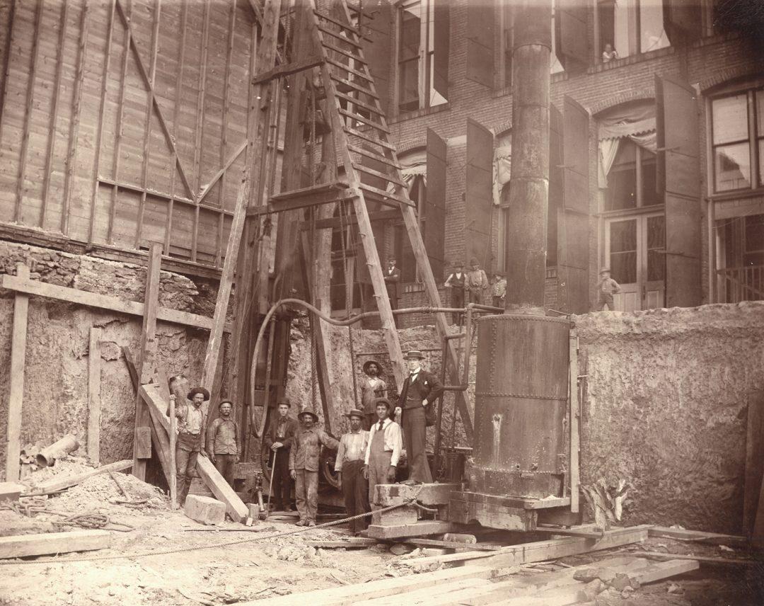 detchamber1893b
